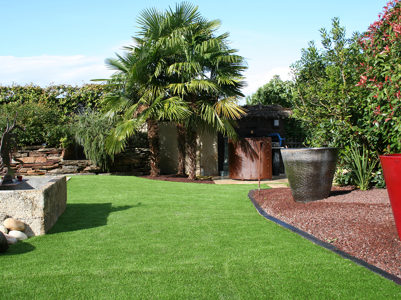 les avantages du gazon artificiel jardinews. Black Bedroom Furniture Sets. Home Design Ideas